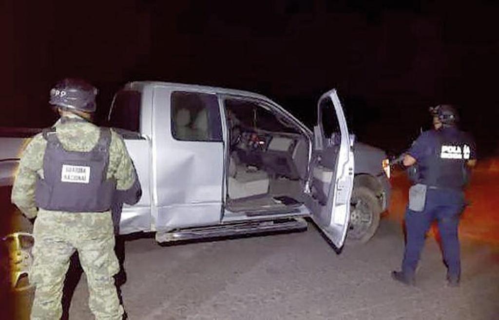 Seis muertos y 30 autos asegurados deja enfrentamiento en Michoacán