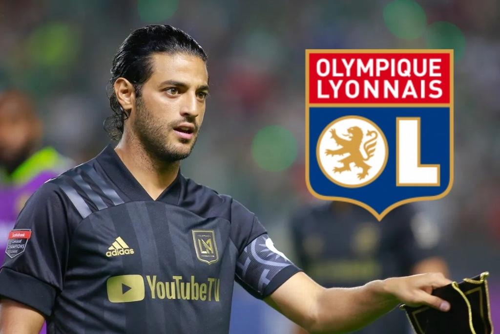 Olympique Lyon busca contratar a Carlos Vela