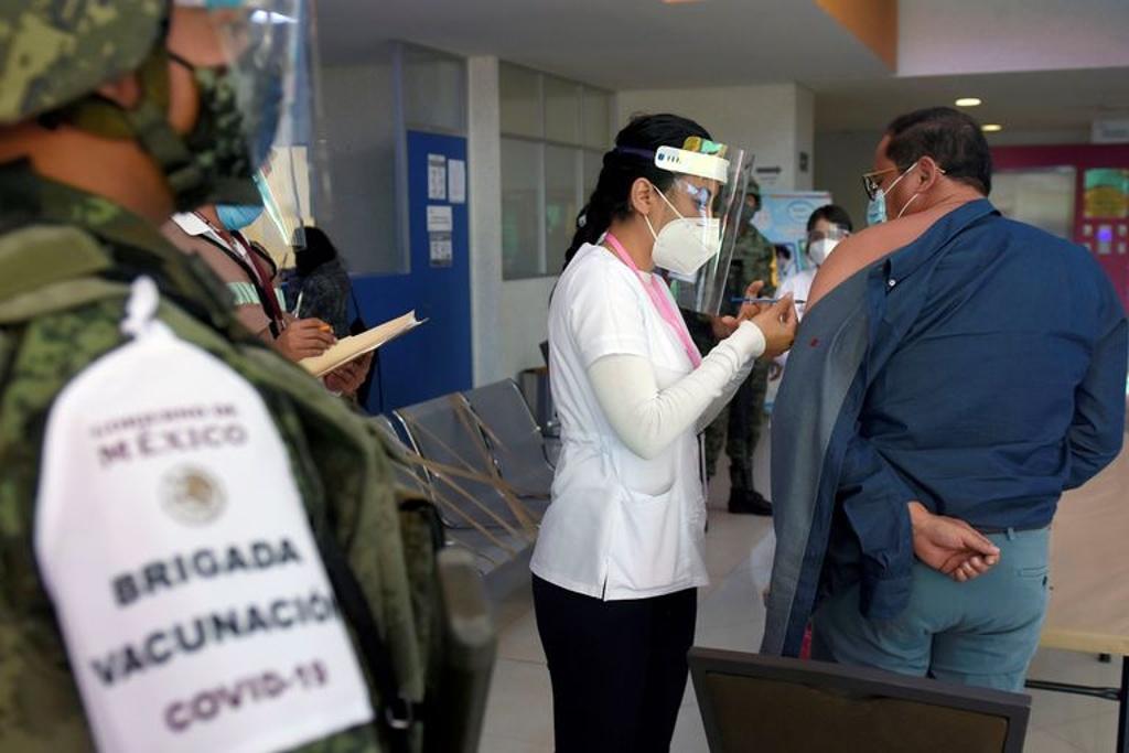México ha pagado más de 15 mil mdp por vacunas anti-COVID, informa Hacienda